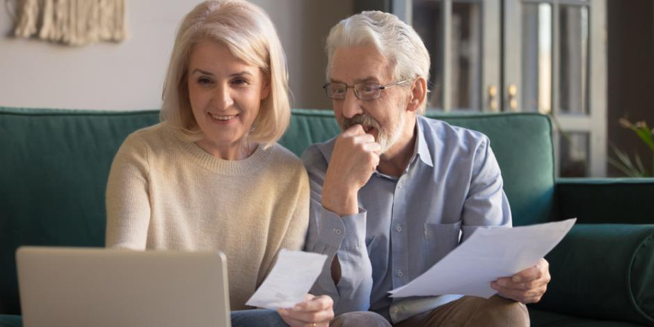 A couple looking at utility rebate options